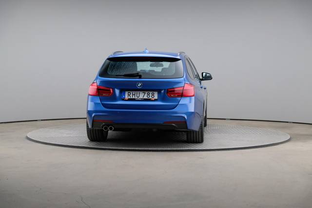 BMW 3 Serie 320d M-Sport Touring-360 image-14