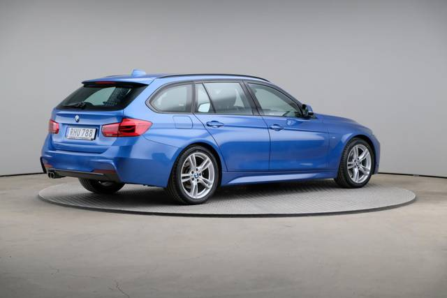 BMW 3 Serie 320d M-Sport Touring-360 image-18