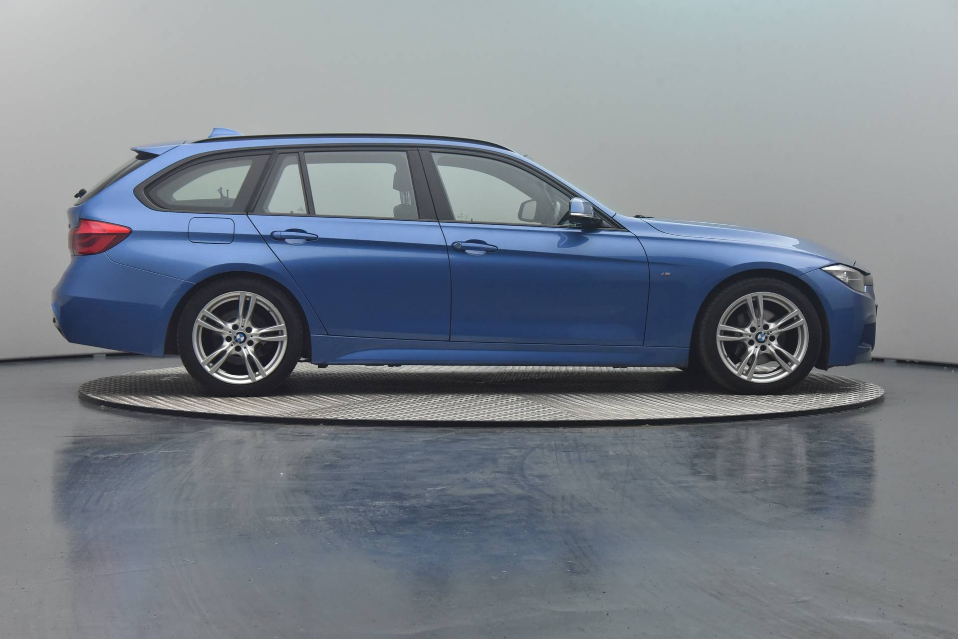 BMW 3 Serie 20d Touring, 360-image31