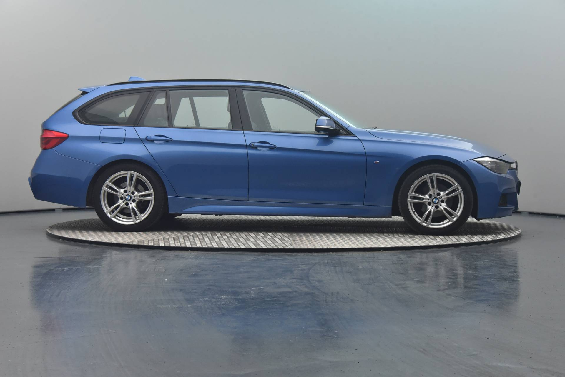 BMW 3 Serie 20d Touring, 360-image32
