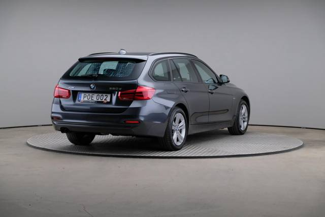 BMW 3 Serie 320d xDrive Sport Line Drag-360 image-16
