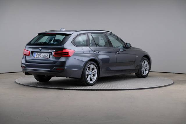 BMW 3 Serie 320d xDrive Sport Line Drag-360 image-17