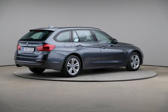 BMW 3 Serie 320d xDrive Sport Line Drag-360 image-18