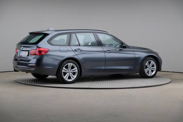 BMW 3 Serie 320d xDrive Sport Line Drag-360 image-19