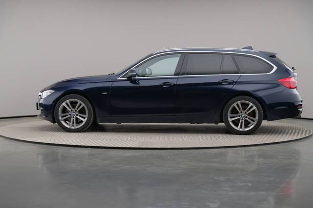 BMW 3 Serie -330d Touring xDrive /Luxury Line/ACC-360 image-5