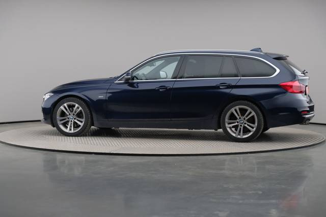 BMW 3 Serie -330d Touring xDrive /Luxury Line/ACC-360 image-6
