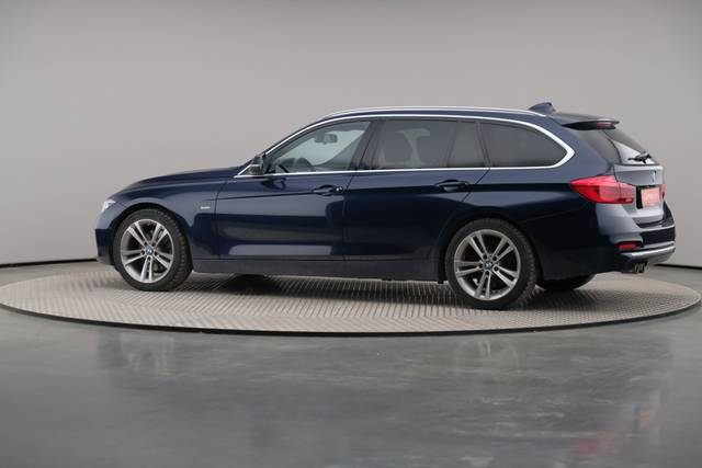 BMW 3 Serie -330d Touring xDrive /Luxury Line/ACC-360 image-7