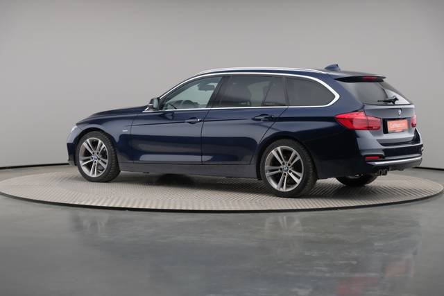 BMW 3 Serie -330d Touring xDrive /Luxury Line/ACC-360 image-8