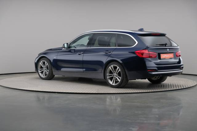BMW 3 Serie -330d Touring xDrive /Luxury Line/ACC-360 image-9