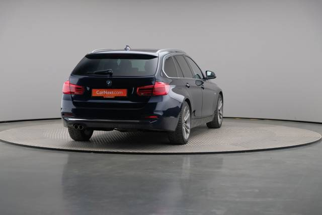 BMW 3 Serie -330d Touring xDrive /Luxury Line/ACC-360 image-15