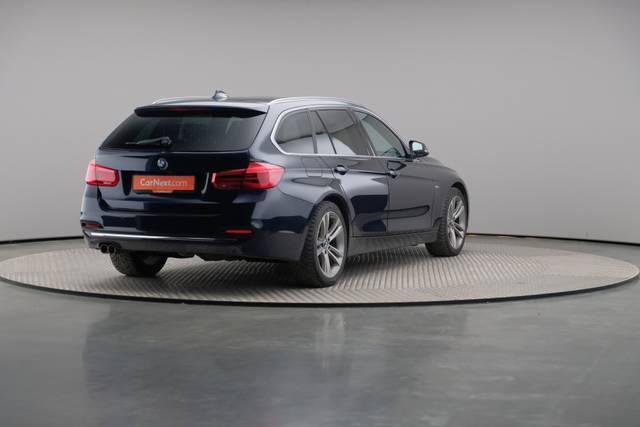 BMW 3 Serie -330d Touring xDrive /Luxury Line/ACC-360 image-16