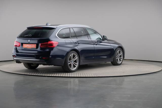 BMW 3 Serie -330d Touring xDrive /Luxury Line/ACC-360 image-17