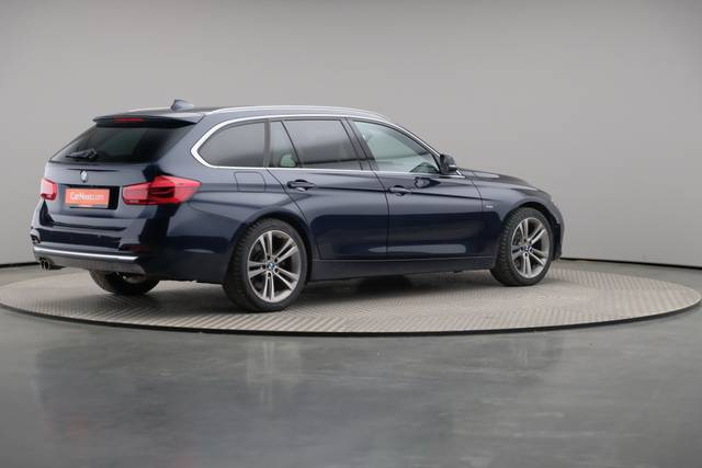 BMW 3 Serie -330d Touring xDrive /Luxury Line/ACC-360 image-18