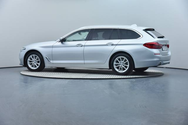 BMW 5 Serie 20d Touring-360 image-16