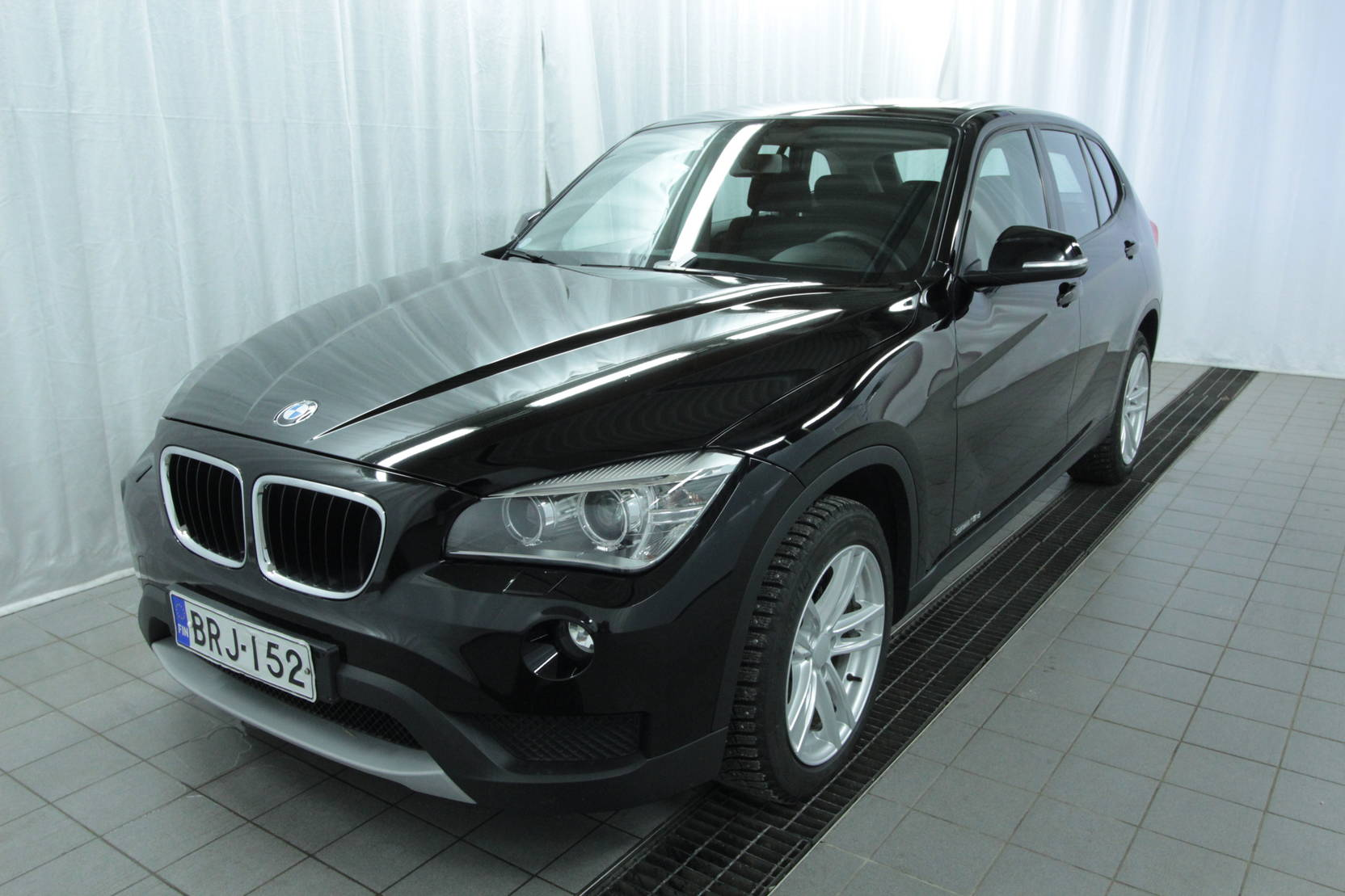 BMW X1 Sdrive18d Twinpower Turbo A Business At detail1