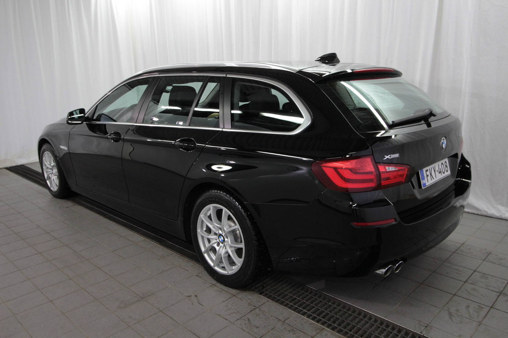 BMW 5 Serie Touring 525d Twinpower T A Limit Ed Xdrive detail2