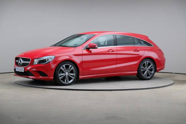 Mercedes-Benz CLA-Klasse 200 CDI Shooting Brake-360 image-1