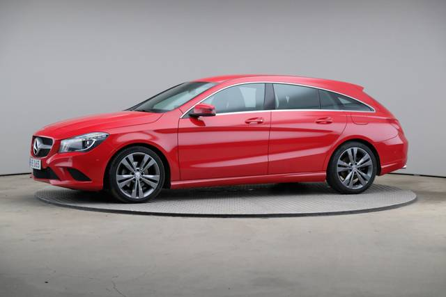 Mercedes-Benz CLA-Klasse 200 CDI Shooting Brake-360 image-2