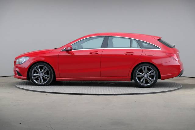 Mercedes-Benz CLA-Klasse 200 CDI Shooting Brake-360 image-5
