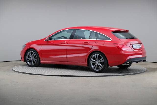 Mercedes-Benz CLA-Klasse 200 CDI Shooting Brake-360 image-8