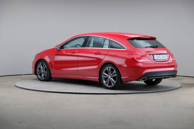 Mercedes-Benz CLA-Klasse 200 CDI Shooting Brake-360 image-9