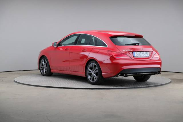 Mercedes-Benz CLA-Klasse 200 CDI Shooting Brake-360 image-10