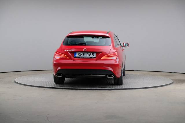 Mercedes-Benz CLA-Klasse 200 CDI Shooting Brake-360 image-14