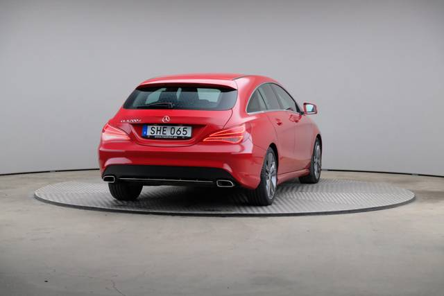 Mercedes-Benz CLA-Klasse 200 CDI Shooting Brake-360 image-15