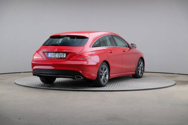 Mercedes-Benz CLA-Klasse 200 CDI Shooting Brake-360 image-16