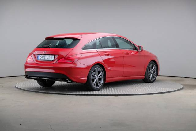 Mercedes-Benz CLA-Klasse 200 CDI Shooting Brake-360 image-17