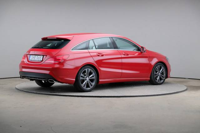 Mercedes-Benz CLA-Klasse 200 CDI Shooting Brake-360 image-18