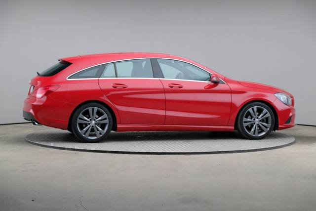 Mercedes-Benz CLA-Klasse 200 CDI Shooting Brake-360 image-21