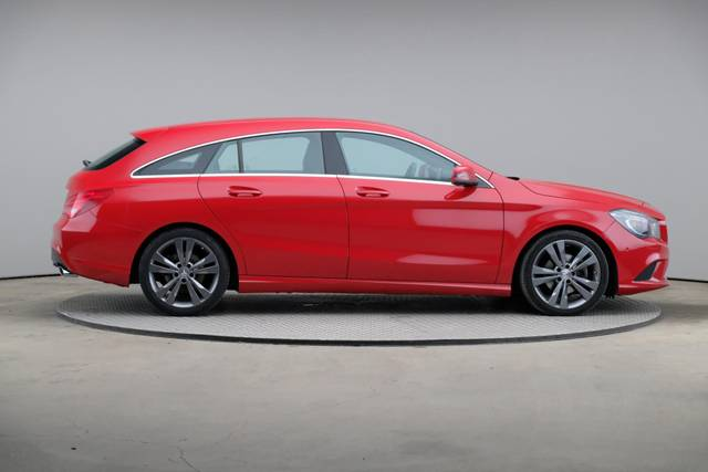 Mercedes-Benz CLA-Klasse 200 CDI Shooting Brake-360 image-22