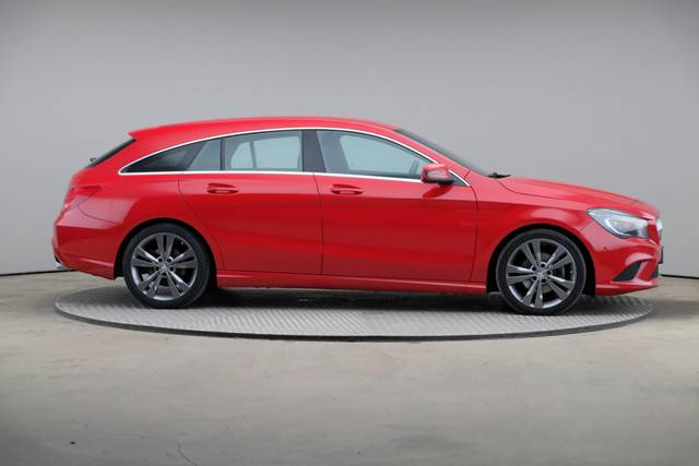 Mercedes-Benz CLA-Klasse 200 CDI Shooting Brake-360 image-23