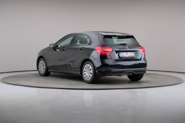 Mercedes-Benz A-Klasse A 200 CDi BlueEfficiency-360 image-11