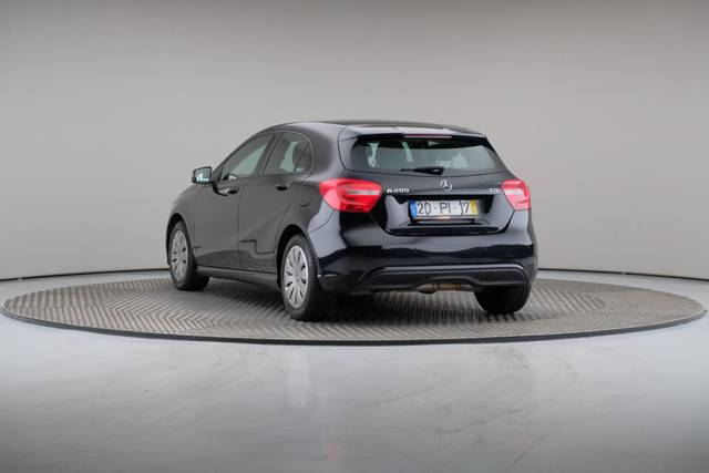Mercedes-Benz A-Klasse A 200 CDi BlueEfficiency-360 image-12