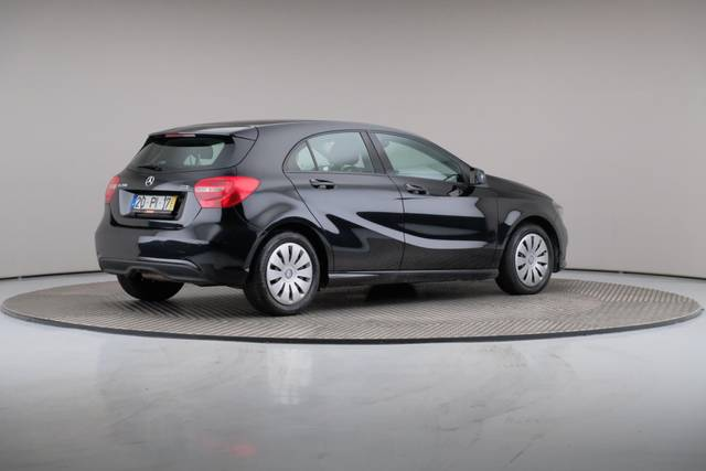 Mercedes-Benz A-Klasse A 200 CDi BlueEfficiency-360 image-19