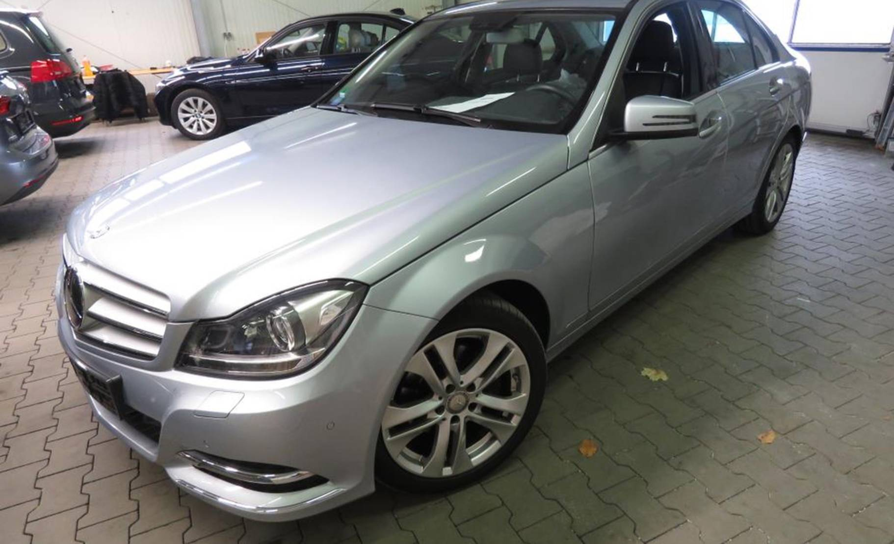 Mercedes-Benz C-Klasse 200 (BlueEFFICIENCY) 7G-TRONIC, Avantgarde (505574) detail1