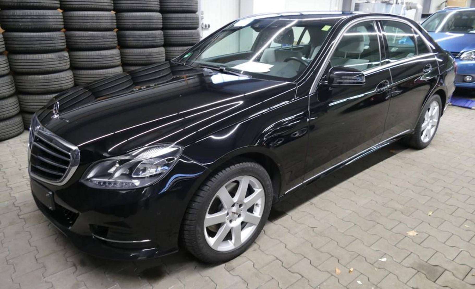 Mercedes-Benz E-Klasse 250 Elegance LED/NAV/WIFI/PARKASS. detail1
