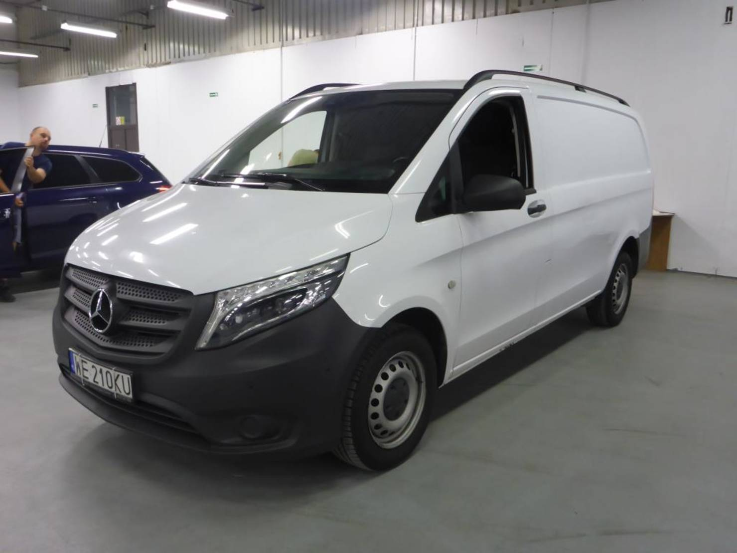 Mercedes-Benz Vito 116 CDI 163km Long Climatronic LED PL detail1