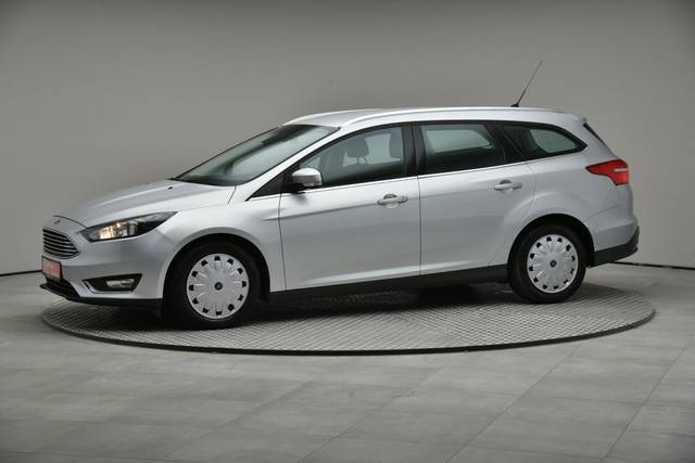 Ford Focus 1.5 TDCI DPF Trend-360 image-2