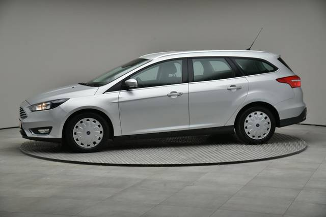 Ford Focus 1.5 TDCI DPF Trend-360 image-3