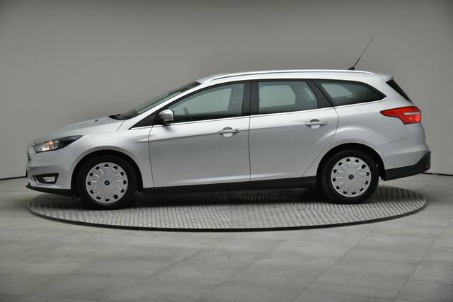 Ford Focus 1.5 TDCI DPF Trend-360 image-4