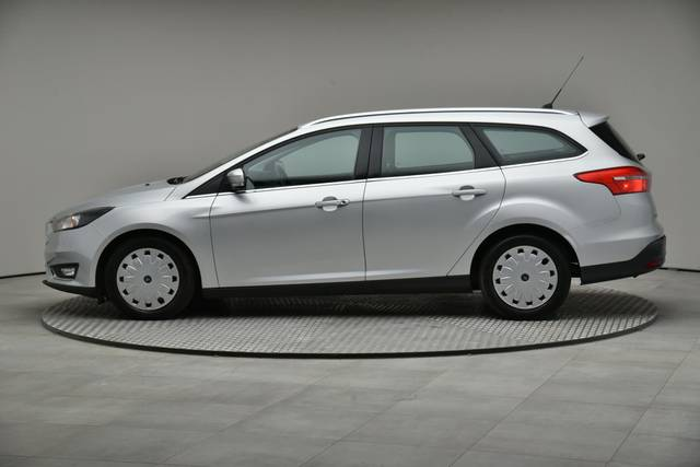 Ford Focus 1.5 TDCI DPF Trend-360 image-5