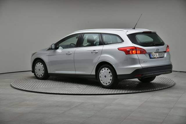 Ford Focus 1.5 TDCI DPF Trend-360 image-9
