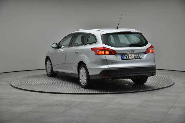 Ford Focus 1.5 TDCI DPF Trend-360 image-11