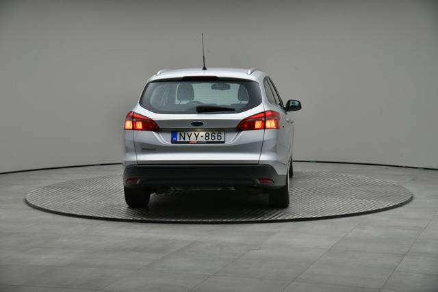 Ford Focus 1.5 TDCI DPF Trend-360 image-14