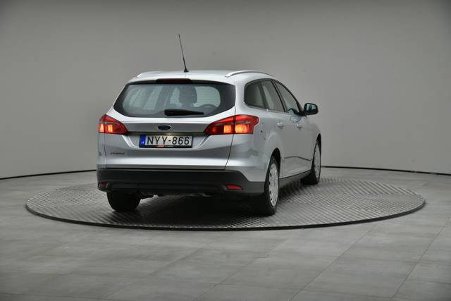 Ford Focus 1.5 TDCI DPF Trend-360 image-15
