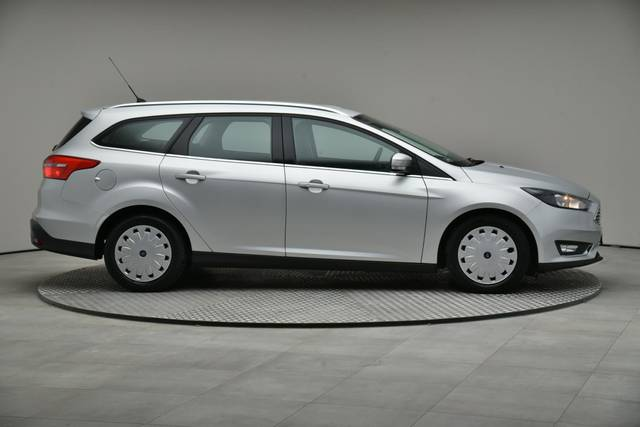 Ford Focus 1.5 TDCI DPF Trend-360 image-23