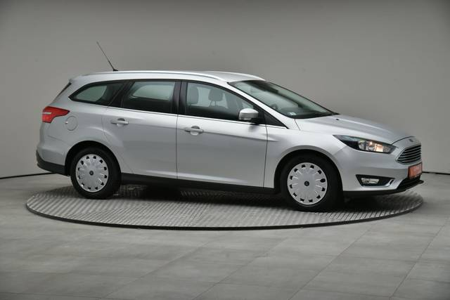 Ford Focus 1.5 TDCI DPF Trend-360 image-25